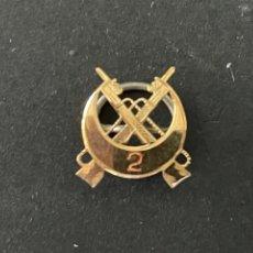 Pins de colección: PIN - INSIGNIA DE SOLAPA -DORADA A IDENTIFICAR. Lote 273656513