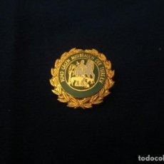 Pins de colección: PIN ALFILER FEDERACION CONTRA EL MALTRATO ANIMAL. Lote 276788463
