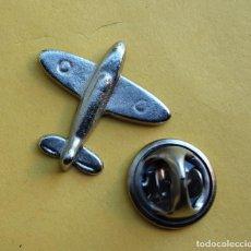 Pins de colección: PIN - AVION EN RELIEVE. Lote 277643143