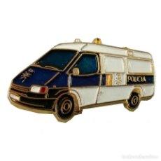 Pins de colección: PIN CAMION POLICÍA NACIONAL. Lote 278679293