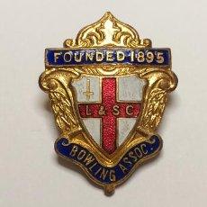 Pins de colección: PIN PUBLICIDAD DE: ASOCIACIÓN DE BOWLING. FUNDADA EN 1895. LONDON. INGLATERRA. INSIGNIA. ALFILER.. Lote 282931268