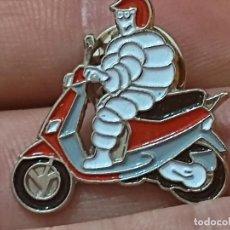 Pins de colección: MICHELIN FIGURA MOTO MOTOCICLETA PIN PINCHO RARO 2,3 CMS LARGO RARO. Lote 283111728