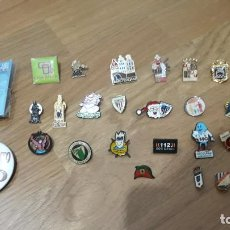 Pins de colección: LOTE 26 PINES PINS + CHAPA + 2 PINES AGUJA. Lote 230052745