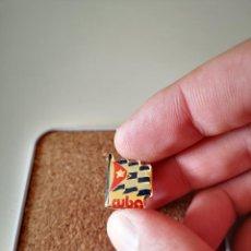 Pins de coleção: PIN BANDERA DE CUBA COMUNISMO INSIGNIA BUEN ESTADO. Lote 287642218