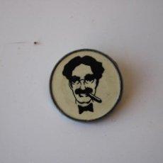 Pins de colección: CHAPA PIN GROUCHO MARX AÑOS 80. Lote 287820293