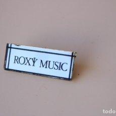 Pins de colección: CHAPA PIN UNUSUAL VINTAGE ROXY MUSIC AÑOS 80. Lote 287821523