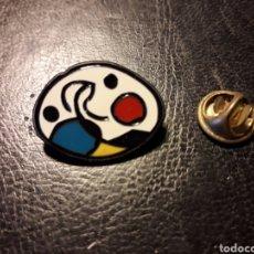 Pin's de collection: PIN JOAN MIRÓ. PINTURAS. PEDIDO MÍNIMO 3 €. Lote 288303123