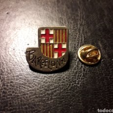 Pins de colección: PIN HERÁLDICO ESCUDO DE LA CIUDAD DE BARCELONA. PEDIDO MÍNIMO 3 €. Lote 288856828
