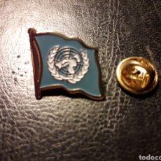 Pins de colección: PIN BANDERA ONU. NACIONES UNIDAS. PEDIDO MÍNIMO 3 €. Lote 288856943