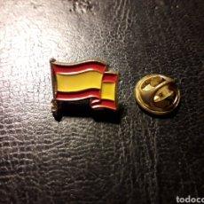 Pins de colección: PIN BANDERA DE ESPAÑA. PEDIDO MÍNIMO 3 €. Lote 288857013