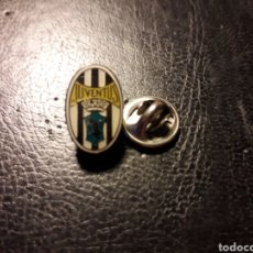Pins de colección: PIN ESCUDO JUVENTUS. ITALIA. DEPORTES. FÚTBOL. PEDIDO MÍNIMO 3 €. Lote 288857508