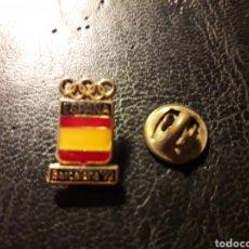 Pins de colección: PIN ESCUDO COMITÉ OLÍMPICO OLIMPIADA BARCELONA 92. DEPORTES. PEDIDO MÍNIMO 3 €. Lote 288857663