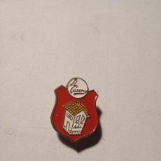 Pins de colección: ANTIGUO PIN - INSIGNIA ESMALTADO DE LA CASERA.. Lote 289535273