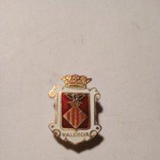 Pins de colección: ANTIGUO PIN - INSIGNIA ESMALTADO. ESCUDO DE VALENCIA.. Lote 289535598