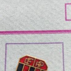 Pins de colección: PIN ALFILER FÚTBOL PORZUELO. Lote 293893988