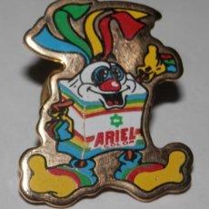Pins de colección: UN PIN DE LA MARCA ARIEL. Lote 296735678