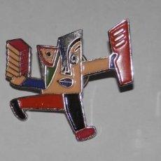 Pins de colección: LOTE PIN'S DEL CIRCULO DE LECTORES. Lote 296735913
