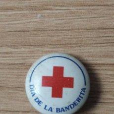 Pins de colección: CRUZ ROJA - DIA DE LA BANDERITA - ANTIGUO PINS DE AGUJA. Lote 296770188