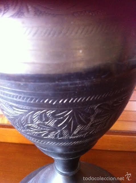 Pipas de fumar: Antigua pieza de cachimba o pipa de metal grabado , obertura central y cuatro salidas. - Foto 5 - 58699796