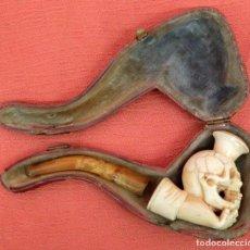 Pipas de fumar: ANTIGUA PIPA EN ESPUMA DE MAR Y AMBAR DEL SIGLO XIX. REPRESENTANDO A UNA CALABERA. Lote 91795355
