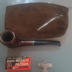 Pipas de fumar: PIPA MEDICO SELECT BRIAR EN TABAQUERA DE PIEL CON CAJA CON 4 FILTROS MEDICO Y ACCESORIOS. Lote 190644320