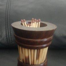 Pipas de fumar: CERILLERO ANTIGUO DE PUAS DE PUERCOESPIN Y MADERA NOBLE. Lote 218972116