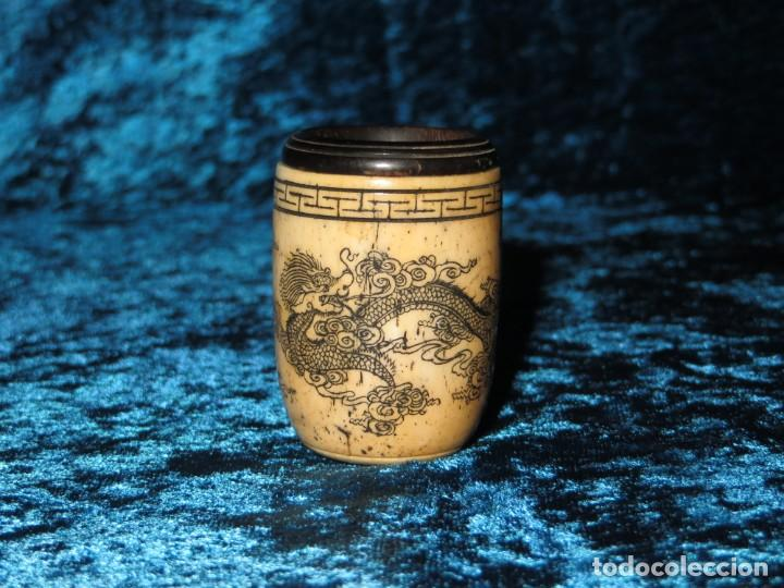 Pipas de fumar: Antigua pipa opio china Asia oriental hueso madera grabados dragón símbolos - Foto 4 - 258246445