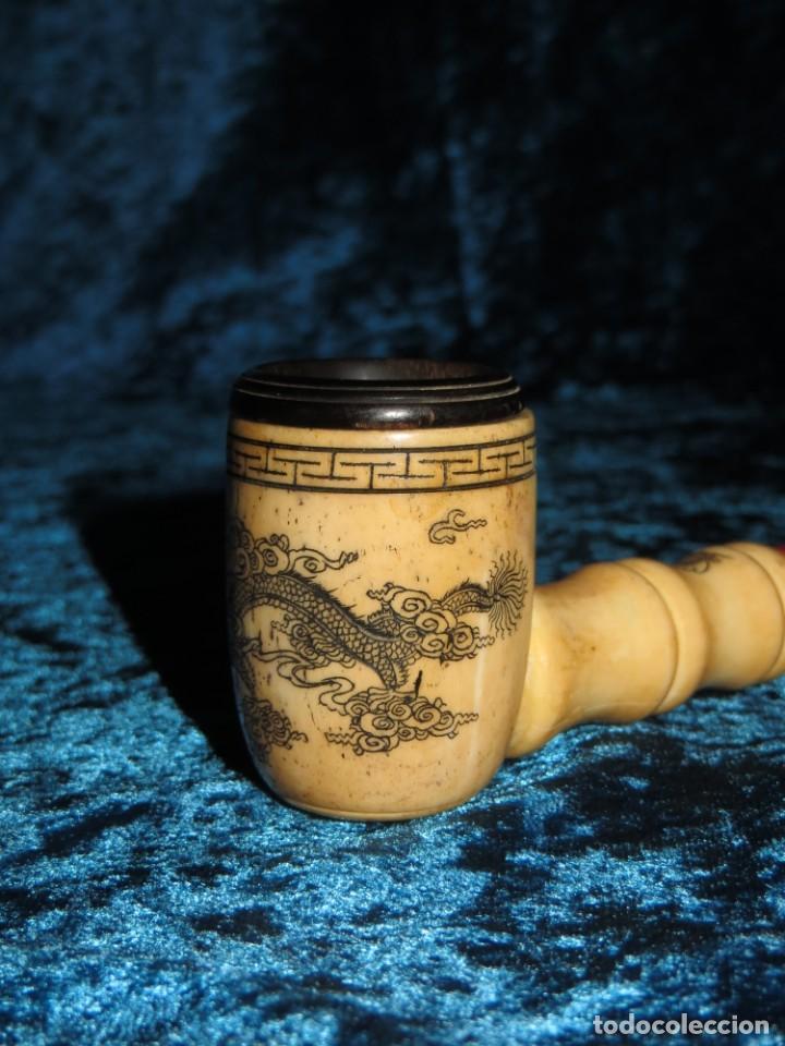 Pipas de fumar: Antigua pipa opio china Asia oriental hueso madera grabados dragón símbolos - Foto 8 - 258246445