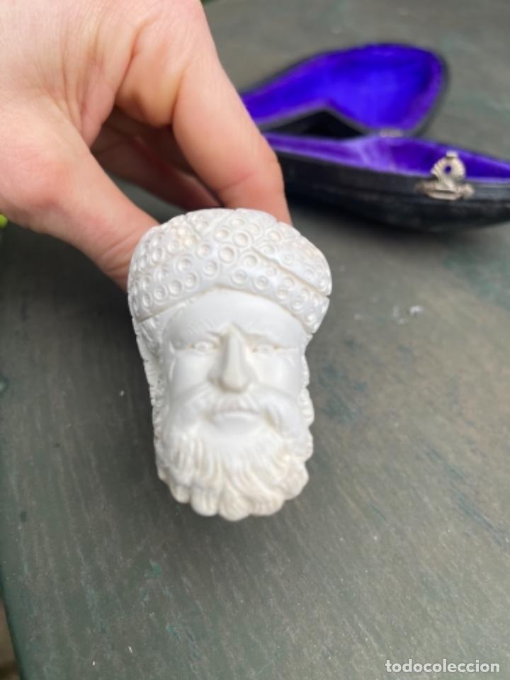 Pipas de fumar: Antigua pipa espuma de mar cabeza de hombre tallado y boquilla Ámbar en su funda de piel y terciopel - Foto 19 - 259830520