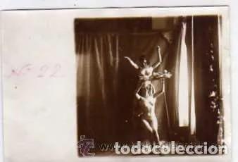 FOTOGRAFÍA ORIGINAL 8,50 X 6 CM. DESNUDO ARTÍSTICO. (Coleccionismo para Adultos - Postales Temáticas - Eróticas y Pin Ups)