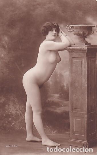 FOTOGRAFÍA TAMAÑO POSTAL MUJER DESNUDA. SERIE 63 SIN REVERSO. (Coleccionismo para Adultos - Postales Temáticas - Eróticas y Pin Ups)