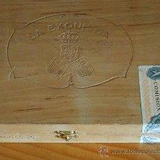 Cajas de Puros: CAJA DE PUROS LA EXQUISITA, ANTIGUA. EN MADERA.. Lote 20844964