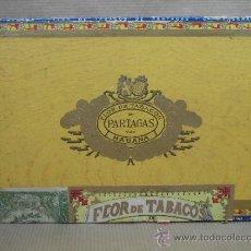 Cajas de Puros: ANTIGUA CAJA DE PUROS MADERA - PARTAGAS 25 HABANEROS - CON BOCETON - HABANA CUBA . Lote 37677143