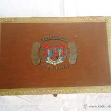 Cajas de Puros: ANTIGUA CAJA DE PUROS FLOR FINA. Lote 41142315
