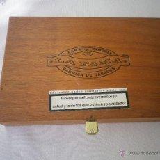 Cajas de Puros: CAJA DE PUROS DE MADERA LA FAMA CORONAS. Lote 49156212