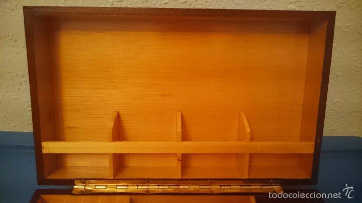 Cajas de Puros: Caja de puros cigarros de madera forrada en polipiel con música - Foto 3 - 55786364