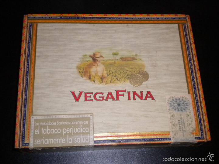 CAJA DE PUROS / VEGAFINA / 25 CERVANTES HECHO A MANO (Coleccionismo - Objetos para Fumar - Cajas de Puros)