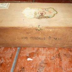 Cajas de Puros: ANTIGUA CAJA MADERA 100 CORONAS FLOR FINA RUMBO , TABACOS PUROS ETIQUETA 32/ 9 /13 CM TABACO. Lote 58537949
