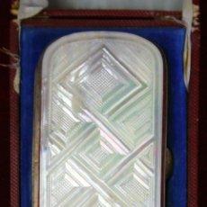 Cajas de Puros: SET DE PURERA Y CERILLERO. NÁCAR TALLADO. METAL PLATEADO. FRANCIA. FIN XIX.. Lote 58793991