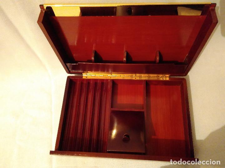 MUY BONITA Y ELEGANTE, CAJA PURERA TABAQUERA,DE MADERA,PIEL Y LATÓN.PERFECTO ESTADO (Coleccionismo - Objetos para Fumar - Cajas de Puros)
