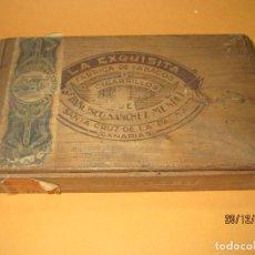 Cajas de Puros: ANTIGUA CAJA DE PUROS VACIA DE 25 VIUDITAS DE FCA. DE TABACOS LA EXQUISITA DE FRANCISCO SANCHEZ . Lote 70588057