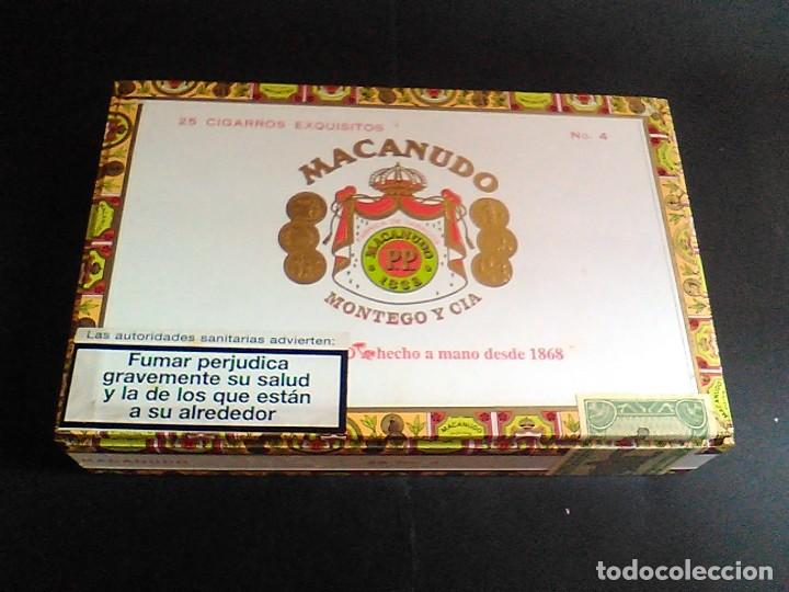 CAJA PUROS MACANUDO MONTEGO Y CIA 25 CIGARROS EXQUISITOS Nº 4 MIDE 21,5 X 14 X 4,2 CM (Coleccionismo - Objetos para Fumar - Cajas de Puros)