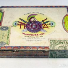 Cajas de Puros: ANTIGUA CAJA DE PUROS TROYA. MARTINEZ Y CIA. HABANA. CUBA. 25 UNIVERSALES. Lote 81073496