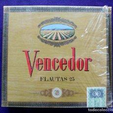 Cajas de Puros: ANTIGUA CAJA DE PUROS VENCEDOR. FLAUTAS 25. PRECINTADA. COMPLETA. EUFEMIANO FUENTES. PURO. Lote 96512787