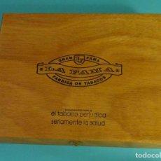 Cajas de Puros: CAJA VACÍA GRAN FAMA. LA FAMA. FÀBRICA DE TABACOS. FORMATO 23 X 18,5 X 4 CM. Lote 97806291