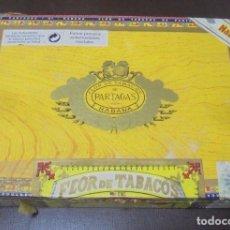 Cajas de Puros: CAJA DE PUROS. PARTAGAS Y CIA. 25 PARTAGAS LONDRES EXTRA. AÑO 1995. ABIERTA. VER FOTOS. Lote 142762876