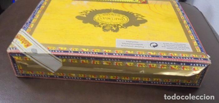 Cajas de Puros: CAJA DE PUROS. Partagas y Cia. 25 Partagas Londres extra. Año 1995. Abierta. Ver fotos - Foto 4 - 142762876