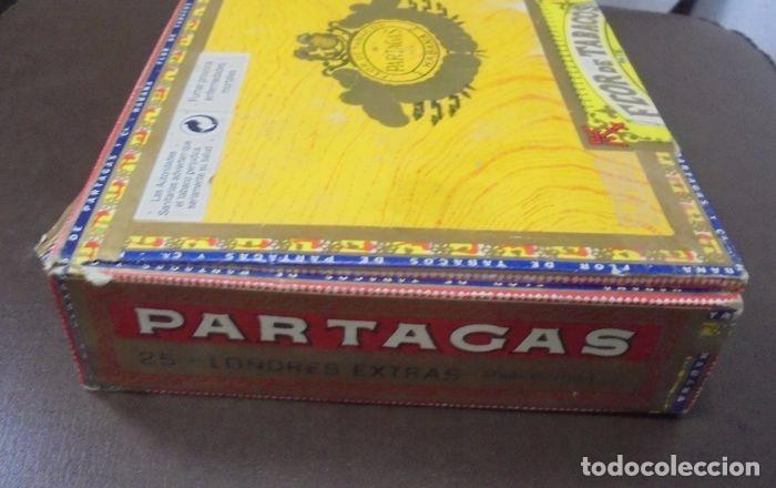 Cajas de Puros: CAJA DE PUROS. Partagas y Cia. 25 Partagas Londres extra. Año 1995. Abierta. Ver fotos - Foto 5 - 142762876