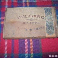 Cajas de Puros: MAGNÍFICA CAJA DE PUROS VULCANO ( VACÍA) .JUAN CAPOTE FÁBRICA DE TABACOS. 25 LUISES. . Lote 103032743