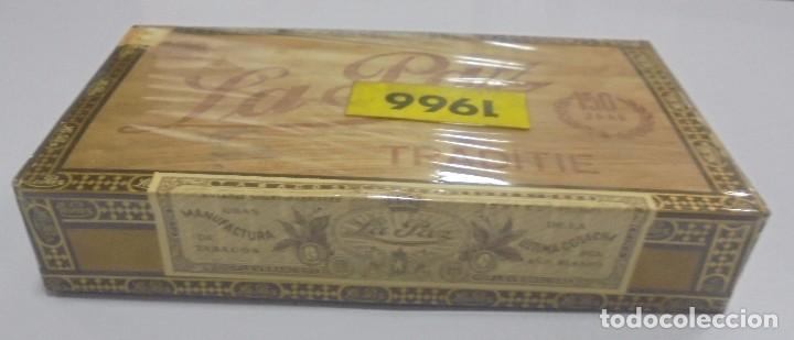 Cajas de Puros: CAJA DE PUROS. LA PAZ. CERRADA. 25 PUROS. AÑO 1966. VER. PERFECTO ESTADO - Foto 2 - 105253123